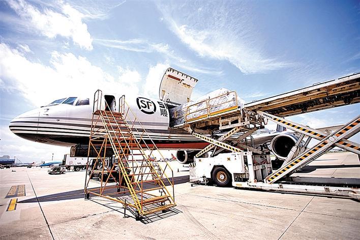 顺丰成国内首家用无人机运货的快递公司